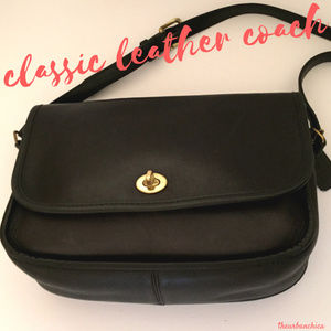Vintage Deep Blue Black Leather COACH Crossbody